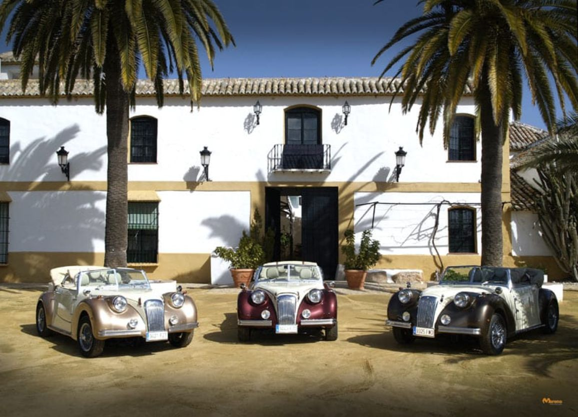 Open top wedding car Marbella