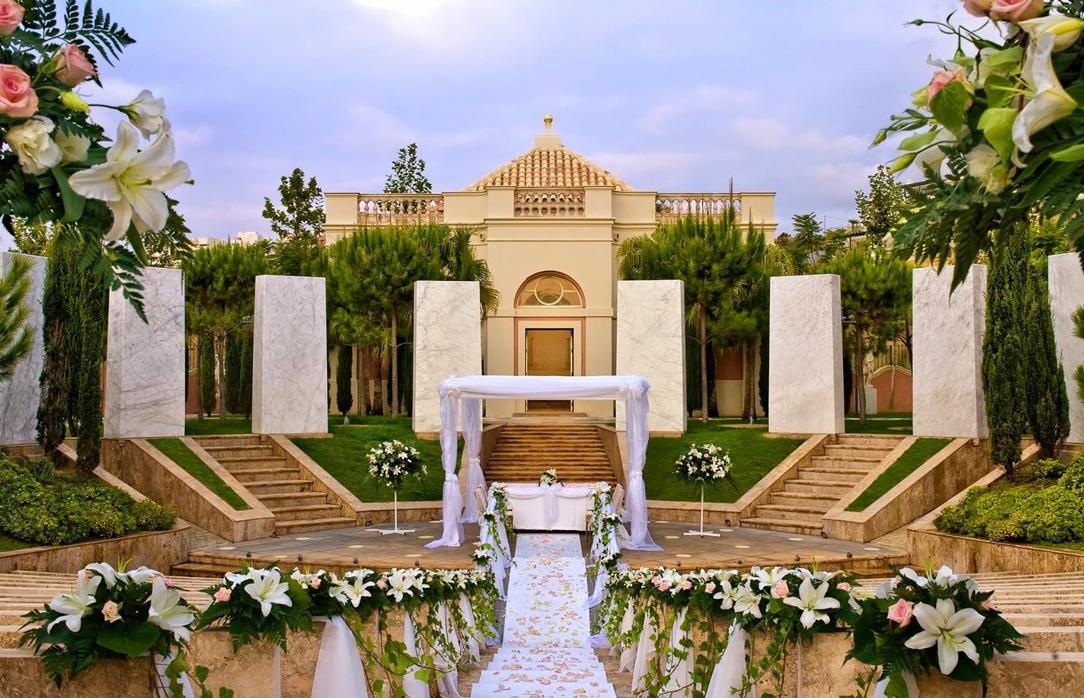 Luxury Wedding Venue With Private Beach: Luxury Palace Hotel Wedding Venue